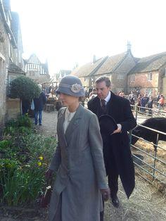 Downton Abbey Anna and Bates ..Season 6 filming