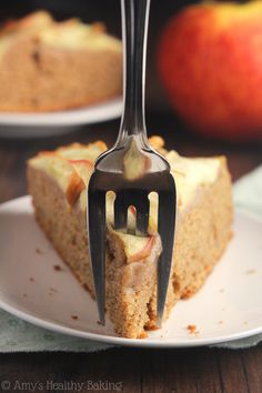 Simple Cinnamon Apple Cake