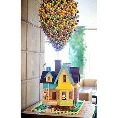 This Up-themed cake is a serious jaw-dropper.  Source: Instagram user _everythingdisney
