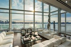 Penthouse at Richard Meier's Glassy 165 Charles Wants $35M