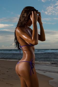 This site is to showcase the beauty and sexy look of Thong bikinis. Lets eliminate the traditional diaper bikini and get all the pretty ladies to wear and post their thong pics. Baby Bikini, Bikini Sets, Bikini Babes, Thong Bikini, Bikini Underwear, Beach Girls, Beach Babe, Fitness Models, Viki Odintcova