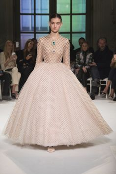 All the Looks From the Giambattista Valli Spring-Summer Couture 2017 Collection