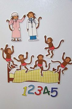 Doodle Bugs Teaching {first grade rocks!}: Five Little Monkeys Magnetic Storytelling Props {free} printables Preschool Songs, Preschool Literacy, Literacy Activities, Preschool Activities, Educational Activities, Flannel Board Stories, Felt Board Stories, Felt Stories, Monkey Crafts