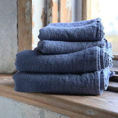 Elegant and luxurious, this Blueberry Linen Waffle Bath Towels and Hand Towels Washed is made of high quality natural material. Browse other products available in range or contact LinenMe to get a quote for a bespoke service.
