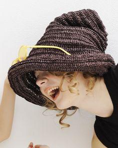 茶色のとんがり帽子