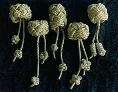 Woggles (square knot and the Turk's Head a.k.a. the Wood Badge knot)