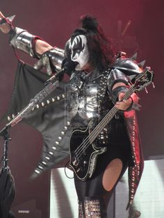 Kiss, Live in London