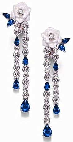 Piaget sapphire and diamond Piaget Jewelry, Sapphire Jewelry, Gems Jewelry, High Jewelry, Jewelry Box, Vintage Jewelry, Jewelry Accessories, Jewelry Design, Sapphire Earrings