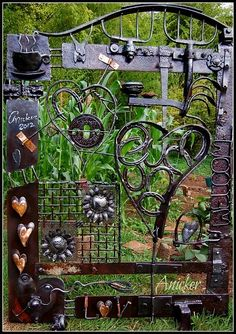 Love my Coffee and Horses by Rick Anicker Metal Garden Gates, Metal Yard Art, Scrap Metal Art, Garden Crafts, Garden Projects, Garden Art, Farm Entrance, Metal Worx, Farm Gate