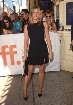 """Actress/Executive Producer Jennifer Aniston attends the """"Cake"""" premiere during the 2014 Toronto International Film Festival at The Elgin on September 2014 in Toronto, Canada. Jennifer Aniston Style, Jennifer Aniston Birthday, Jennifer Aniston Fotos, Jennifer Aniston Pictures, Pleated Skirt Outfit, Sexy Skirt, Skirt Outfits, Pleated Skirts, Rock Outfits"""