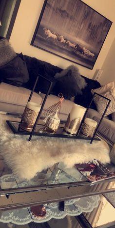 Furniture ideas, gotta visit this delightfully smart furniture styling, design reference 9325188532 Living Room Decor Cozy, Home Living Room, Bedroom Decor, First Apartment Decorating, 1st Apartment, Apartment Ideas, Decoration Inspiration, Decor Ideas, Home Decor Furniture