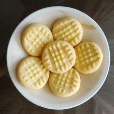 Four Ingredient Custard Cookies Recipe on Yummly. Custard Biscuits, Custard Cookies, No Flour Cookies, Tea Biscuits, Biscuit Cookies, Biscuit Recipe, Easy Cookie Recipes, My Recipes, Sweet Recipes