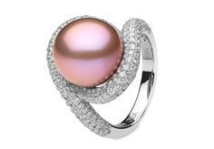 Yoko London 18kt white gold ring with a natural colour pink Freshwater pearl and diamonds.