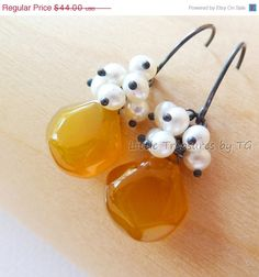 SALE Butterscotch Chalcedony Pearl cluster Oxidized by TatianaG, $37.40