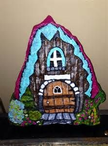 1000 images about pebbles and stones doors on pinterest for Painted fairy doors