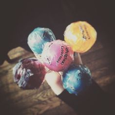. . yummy . . . #yummy#candy#LOLLIPOPS#pic#photo#写真好きな人と繋がりたい#写真#飴 by lo_y_love_aya0730