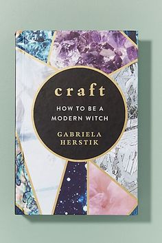 How To Be A Modern Witch Anthropologie FR Best Outfit Craft Witch Anthropologie Witchcraft Books, Wiccan Spells, Witch Decor, Witch Craft, Baby Witch, The Worst Witch, Modern Witch, Witch Aesthetic, Book Of Shadows