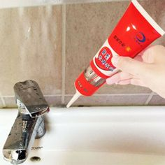 Bathroom Mold Remover, Mold In Bathroom, Bathrooms, Cleaning Mold, Cleaning Hacks, Cleaning Solutions, Deep Cleaning, Mold And Mildew Remover, Types Of Mold