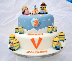 Despicable Me Minions Cake