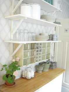 10 Stylish Spice Storage Ideas For Your Wonderful Kitchen 1 Diy Kitchen, Kitchen Storage, Kitchen Dining, Kitchen Ideas, Spice Storage, Diy Organization, Organizing Ideas, Cool Kitchens, Indoor