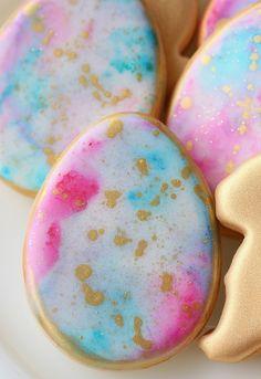 Splattered Easter Eggs from The Sweetapolita Bakebook No Egg Cookies, Paint Cookies, Galletas Cookies, Fancy Cookies, Iced Cookies, Easter Cookies, Birthday Cookies, Royal Icing Cookies, Holiday Cookies