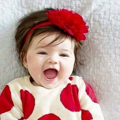 Kids Discover 30 Prettiest Baby Names That Will Make Parents Fall Head Over Heels In Love Cute Kids Pics, Cute Baby Girl Pictures, Baby Girl Photos, Cute Baby Boy, Cute Little Baby, Baby Kind, Pretty Baby, Little Babies, Baby Love