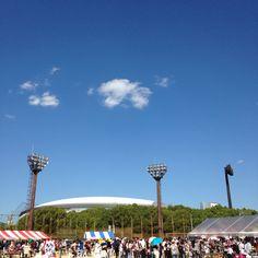 今日の平和!Peace For Today! むっちゃ暑い〜! (^_^) #today #peace #sky #osaka #japan #今日 #平和 #空 #大阪 #日本 #オオサカガーデン #長居公園内運動場