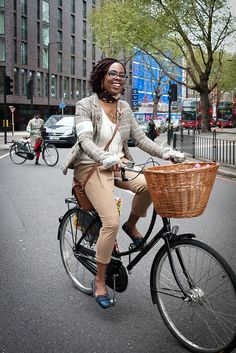 The lovely Lady Velo at a London Tweed Run