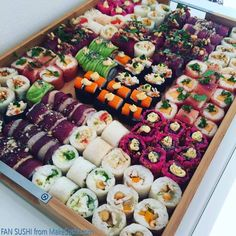 Thank you so much Edouard Courbin for sending me this great image of you home made sushi platter :D Sushi Party, Sushi Sushi, Sushi Comida, Sushi Recipes, Healthy Recipes, Sushi Platter, Back To Nature, How To Make Sushi, Homemade Sushi