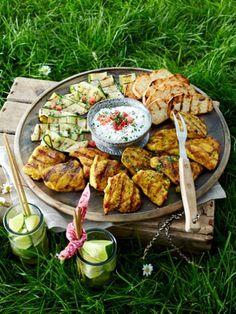 Die Grillsaison ist eröffnet. Und mit ihr die Zeit köstlicher Grillrezepte. Von Fleisch bis Fisch - unsere Grillrezepte sind unwiderstehlich lecker.