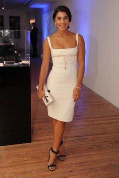 Hannah Bronfman chose a DSquared dress and Forevermark jewelry for the IWC Schaffhausen event at Miami Art Basel. Peplum Dress, Bodycon Dress, Institute Of Contemporary Art, Party Mode, Art Basel Miami, Nice Dresses, Formal Dresses, Metallic Dress, Style Snaps