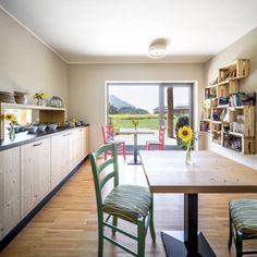 Agriturismo: Sala da pranzo in stile in stile Moderno di raro