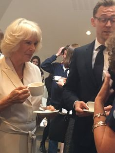 "Rebecca English on Twitter: ""A cup of tea for Camilla and Tom Hiddleston #500words"