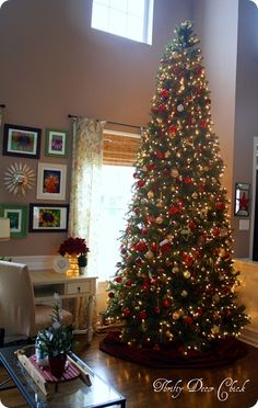 Thrifty Decor Chick is hosting a Christmas Tree Party. She has 3 gorgeous trees, including a 12-footer! There are over 500 links to check out! Sooooo many beautiful trees & great ideas I'm taking note of for next year.