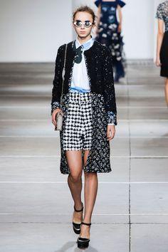 London FW S/S 2015 Michael Van Der Ham. See all fashion show at: http://www.bookmoda.com/?p=31326  #spring #summer #ss #fashionweek #catwalk #fashionshow #womansfashion #woman #fashion #style #look #collection #london #MichaelVanDerHam