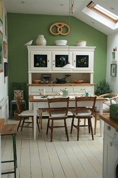 Green oak accent wall color 2