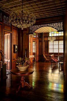 Filipino Architecture, Philippine Architecture, Filipino House, Filipino Art, Historical Architecture, Art And Architecture, Filipino Interior Design, Saint Claude, Philippine Houses