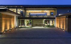 House in Blair Atholl by Werner van der Meulen - CAANdesign