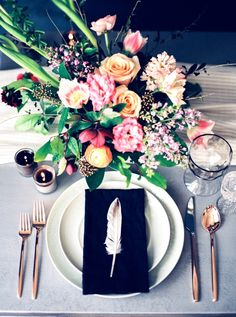 Feather place setting: http://www.stylemepretty.com/texas-weddings/dallas/2016/05/03/a-moody-spring-inspiration-session-full-of-the-prettiest-seasonal-blooms/   Photography: Callie Manion - http://www.calliemanionphotography.com/