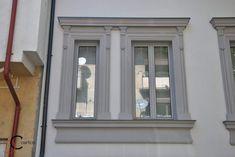 Ancadrament Decorativ din Polistiren montat in Jurul Geamului External Doors, Window Design, House 2, Windows And Doors, Exterior, Profile, Home, User Profile, Exterior Doors