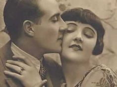 Instrumental version of a 1920s pop song by Jesse Crawford (organ) with a backup orchestra. Recorded in 1929.  Slideshow contains photos of vintage lovers, couples, actors etc., taken from Flickr (http://www.flickr.com/photos/normavalentine/sets/72057594099729184/ ), Photosearch, IMDB, goldensilents.com, and elsewhere. (Sorry about the waterma...