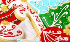 Best Tasting Sugar Cookie Icing - 4 ingredients and 5 minutes! People have been begging for this frosting recipe for years. Christmas Sugar Cookies, Holiday Cookies, Christmas Treats, Holiday Treats, Christmas Desserts, Christmas Goodies, Christmas Recipes, Thanksgiving Recipes, Best Sugar Cookie Icing