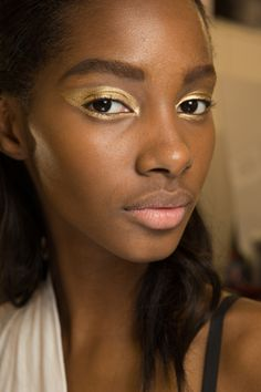 Christian Dior Fall 2016 Couture Beauty Photos - Vogue
