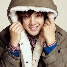 -Kim-Hyun-Joong-kim-hyun-joong-35173413-500-500.jpg (500×500)