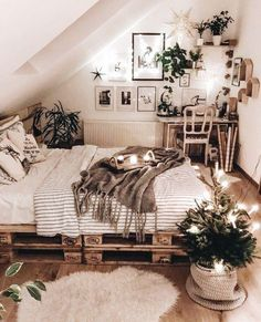- A mix of mid-century modern, bohemian, and industrial interior style. Home and apartment decor, Industrial Home Design, Industrial Interiors, Industrial Style, Industrial Dining, Industrial Lighting, Industrial Furniture, Industrial Workspace, Estilo Interior, Interior Styling