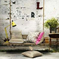 Reclaim - Pallet Wood - Swing Chair