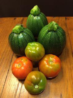 Weekend harvest Harvest, Foods, Vegetables, Red, Food Food, Vegetable Recipes, Veggies