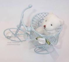 Lembrancinha mini bicicletinha aramado , perfeita para nascimento,chá de bebê ou de fraldas.