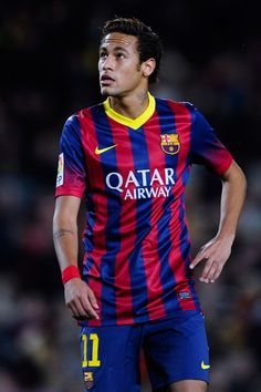 Neymar of FC Barcelona looks on during the La Liga match between FC Barcelona and Rayo Vallecano de Madrid at Camp Nou on February 15, 2014 in Barcelona, Catalonia.