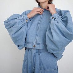denim and sleeves and all the lovely http://spotpopfashion.com/avia
